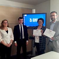 Directora, ponente de ENATIC y tres de los alumnos del II Curso ACIJUR con sus diplomas.