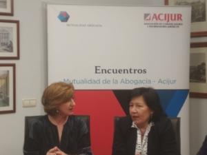 Patricia Rosety, presidenta de Acijur con Cristina Dexeus, presidenta de la asociación de Fiscales