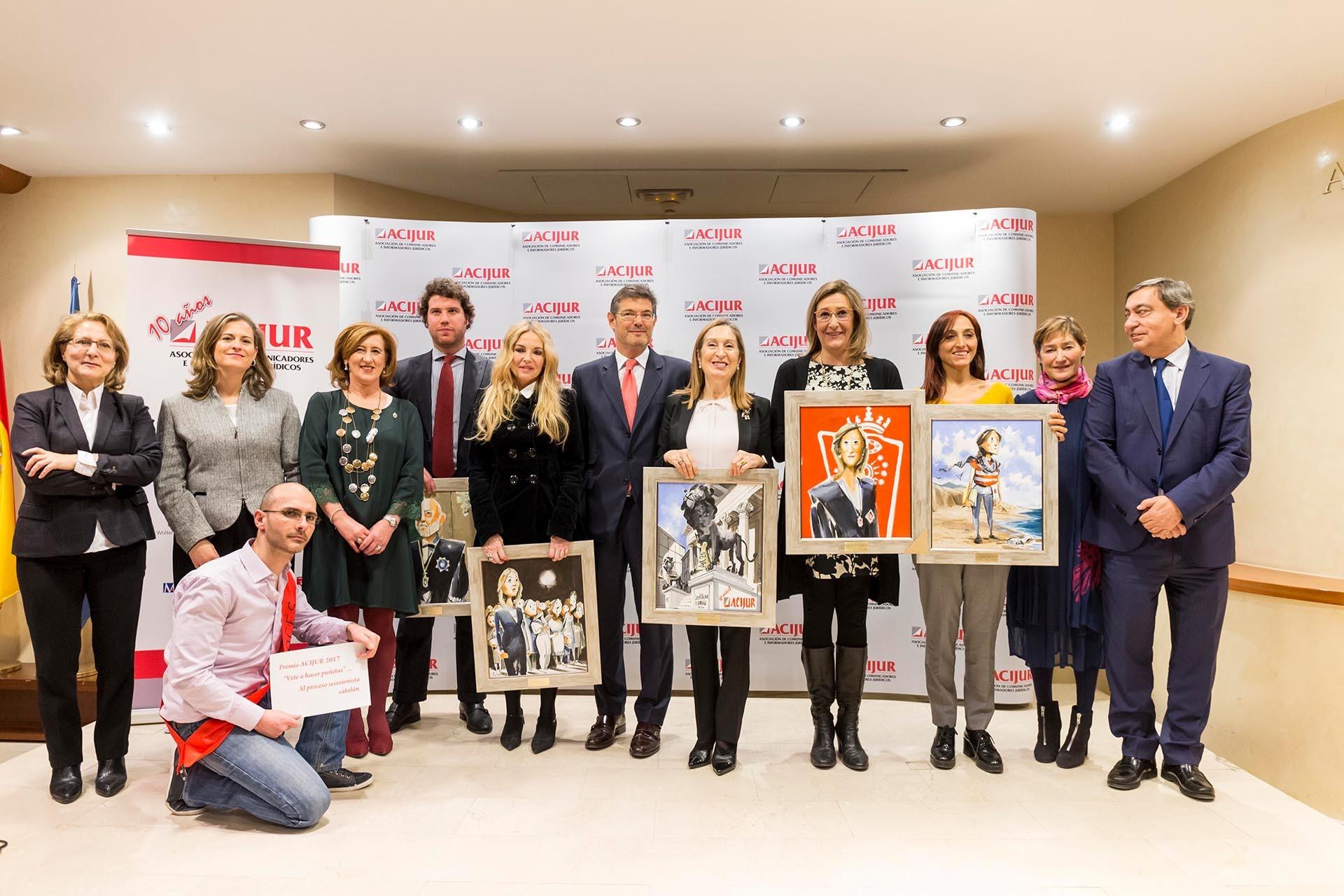 Foto Familia Premios Puñetas 2017 ACIJUR