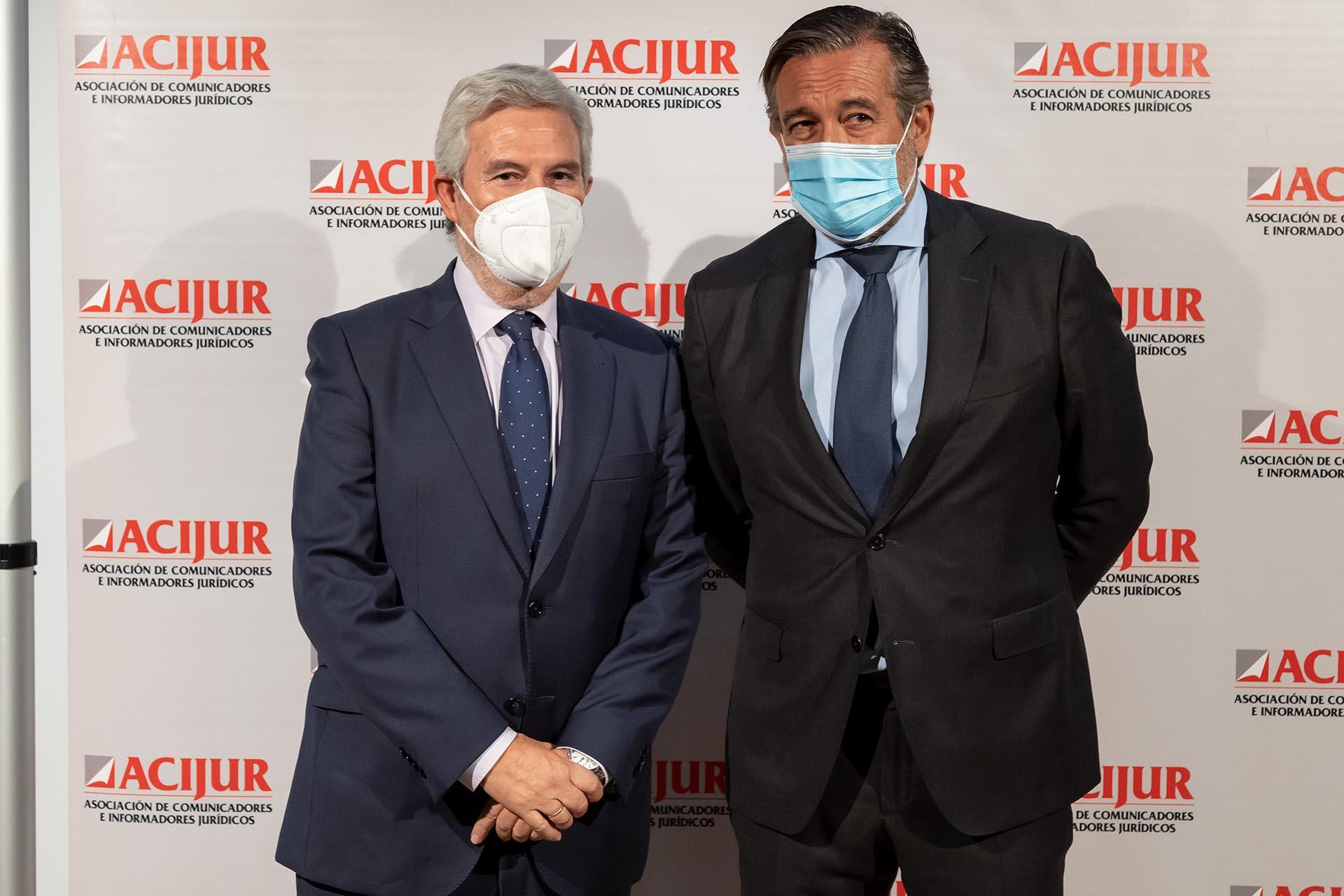 Agustín Zurita con Enrique López, consejero de Presidencia, Justicia e Interior de la Comunidad de Madrid.