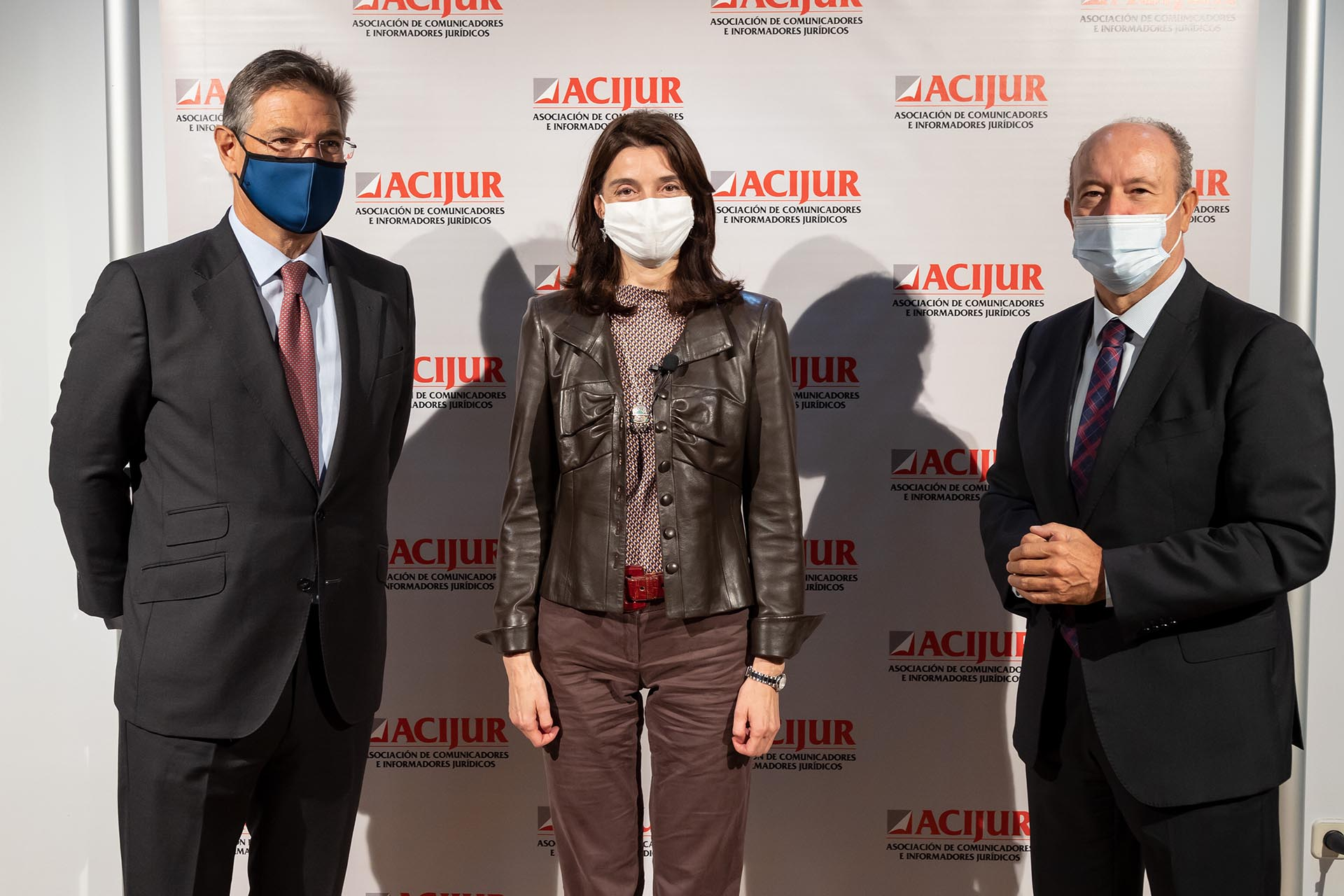 Pilar Llop, ministra de Justicia, con los exministros Juan Carlos Campo (dcha.) y Rafael Catalá (izqa.)