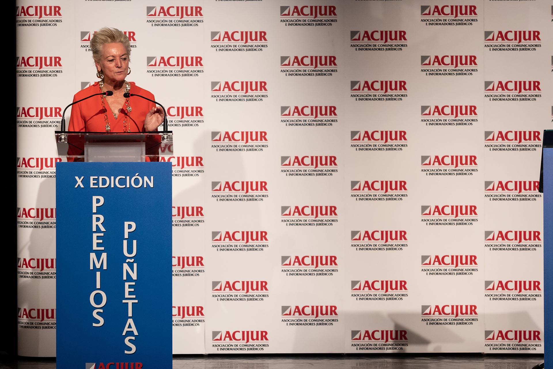 María Luisa Segoviano, premio Puñetas de Oro, durante su intervención al recoger el premio.